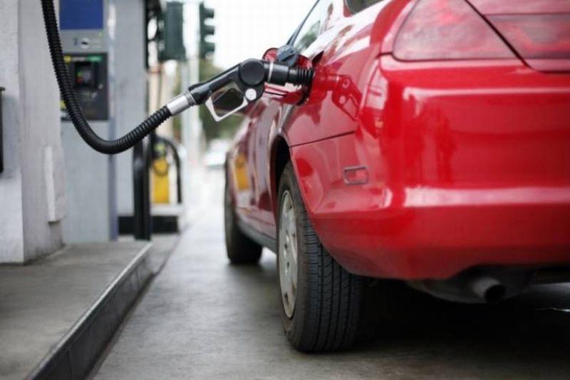 Photo of Нафта 11 посто јефтинија у односу на октобар