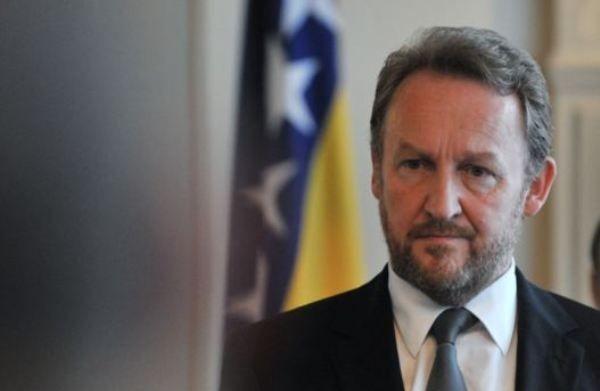 Photo of Izetbegović: Nema članstva u NATO-u dok se svi ne saglase