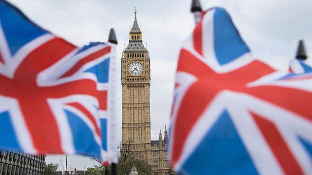 Photo of Velika Britanija: Pogrešno obaviješteni da su pozitivni na koronavirus