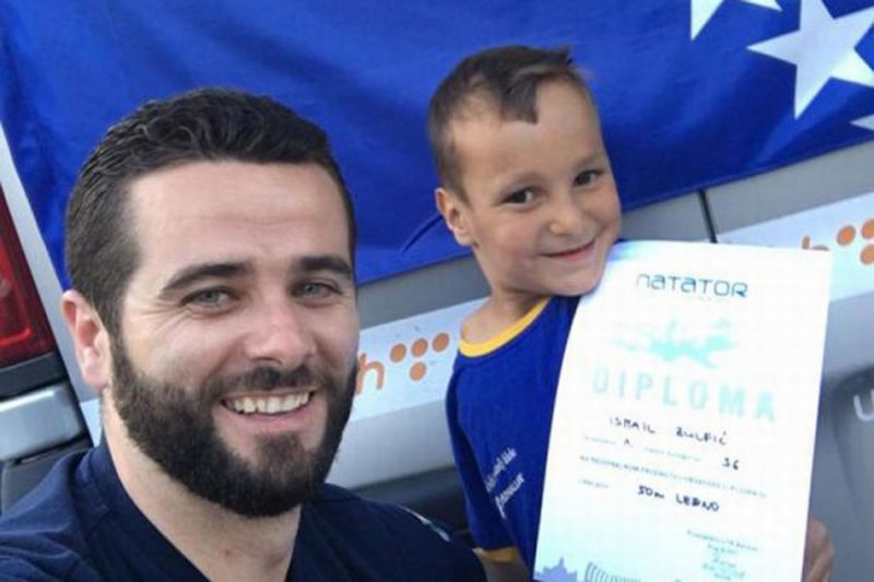 Photo of Dječak bez ruku iz Zenice osvojio zlatnu medalju u plivanju