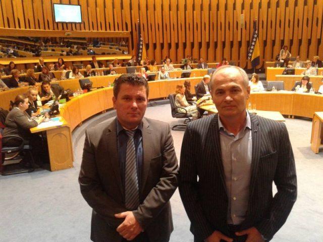 """Photo of Којић и Стјепановић на конференцији под називом """"Свако дијете треба породицу"""""""