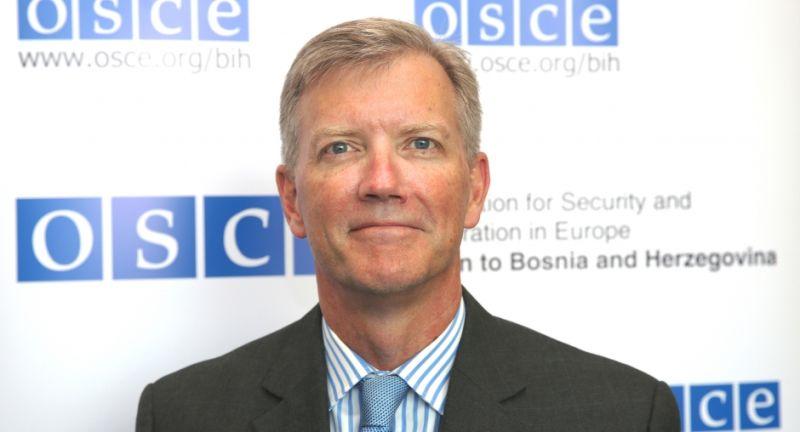 Photo of Бeртон: Питање чланства БиХ у НАТО-у се користи за одгађање формирања власти