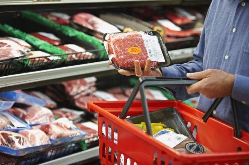 Photo of U Velikoj Britaniji kupovina namirnica porasla za 43 posto