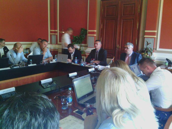 Photo of Brčko: Nužne izmjene Zakona o javnoj imovini kod zakupa lokala