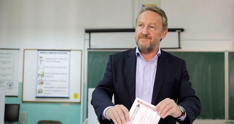 Photo of Izetbegović: Važno je da prevagnu one stranke koje mogu da povuku zemlju naprijed