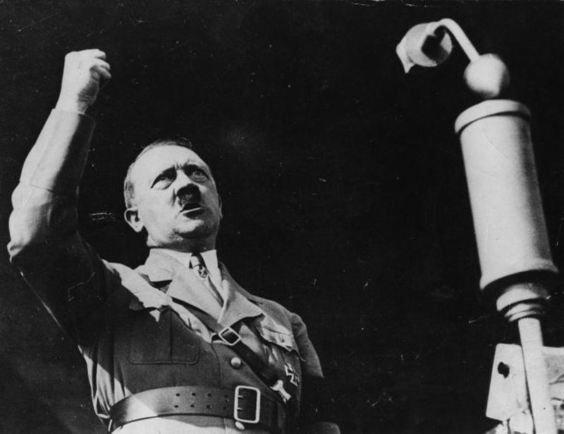 Photo of Britanski par optužen za nacizam dao djetetu ime po Adolfu Hitleru