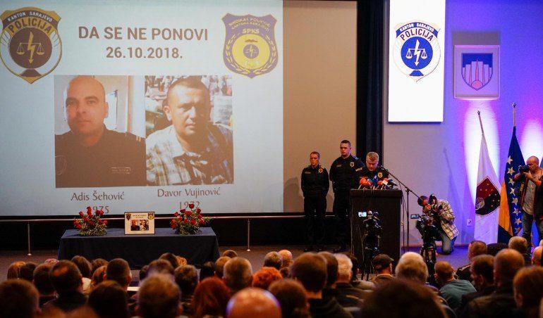 Photo of Sarajevo: Komemoracija ubijenim policajcima Adisu Šehoviću i Davoru Vujinoviću