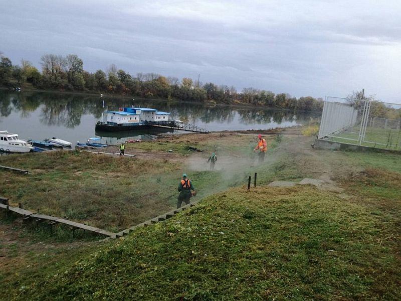 """Photo of JP """"Komunalno Brčko"""": Vanplanske aktivnosti na uređenju javnih zelenih površina"""