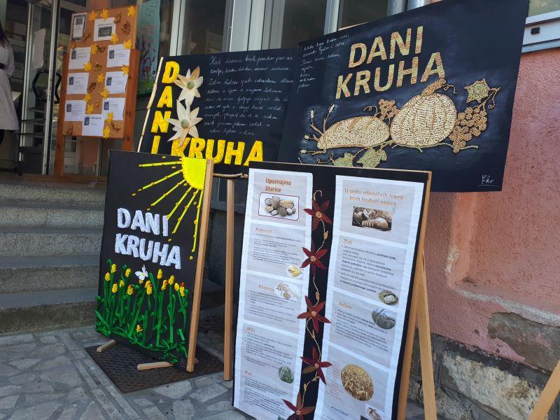 """Photo of Djeca Bijele u okviru manifestacije """"Dani kruha"""" odala zahvalu plodovima zemlje"""