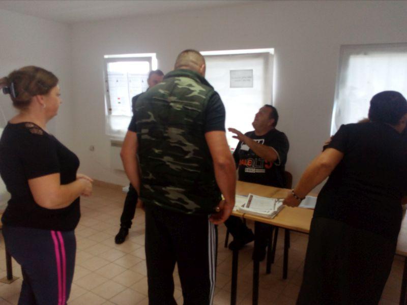 Photo of Брчко: У Трњацима највећа излазност – Око 70 одсто бирача до 17 часова