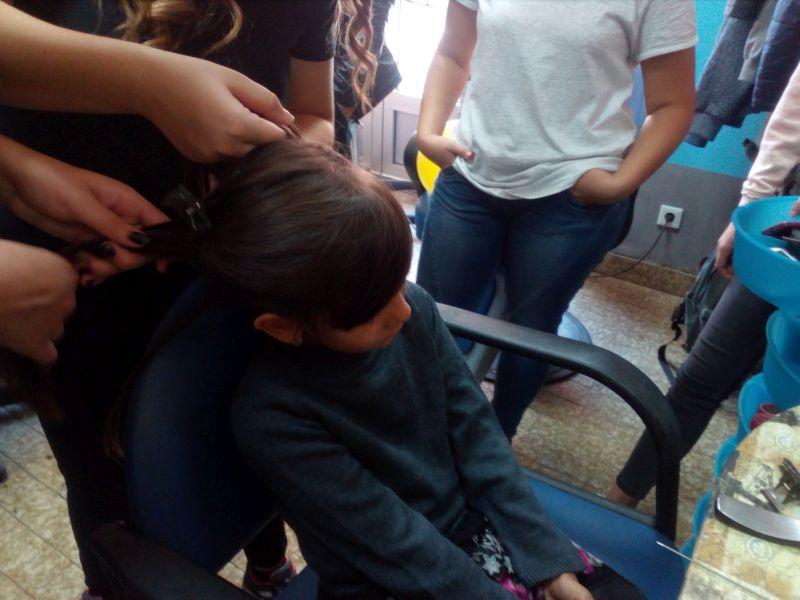 Photo of Брчко: Малишани Дневног центра на дружењу са будућим фризерима