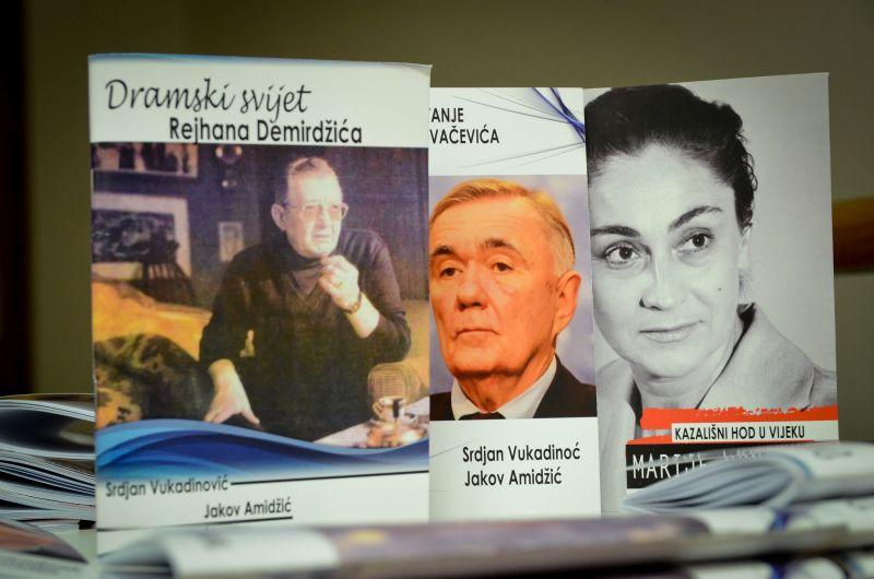 Photo of Брчко: Отворена документарна изложба о 45 година постојања Позоришних сусрета