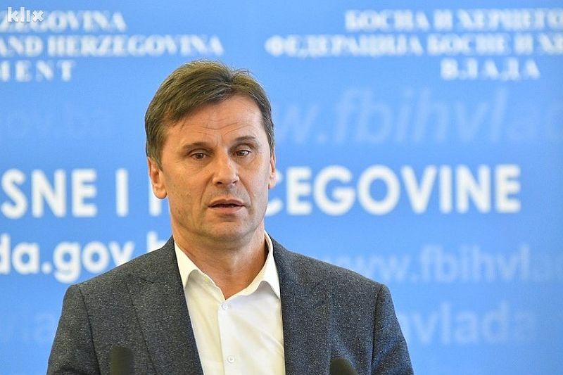 Photo of Premijer Federacije BiH Fadil Novalić nezakonito obrađivao lične podatke penzionera