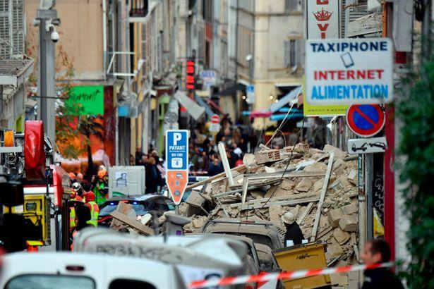 Photo of Francuska: Srušila se zgrada od pet spratova u Marseju