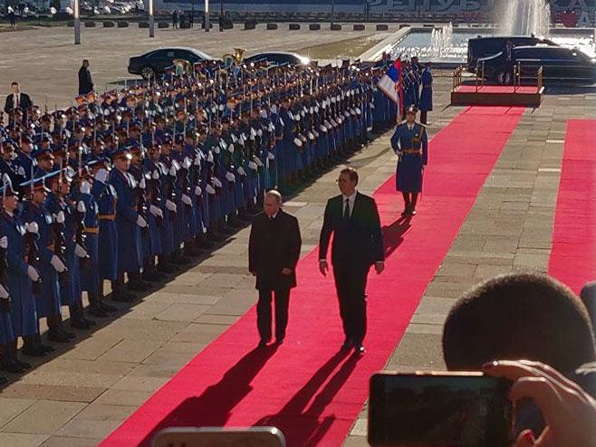 Photo of Завршена Путинова посјета Београду: Русија важна за стабилност Балкана