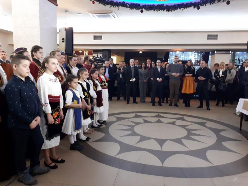 Photo of Brčko: Okupljanje u božićnom ozračju i zajedništvu