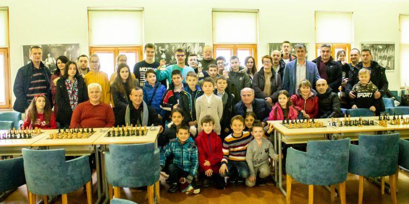 "Photo of Brčko: Šahovski turnir ""Kadeti protiv FIDE majstora"", u petak, 1. marta"