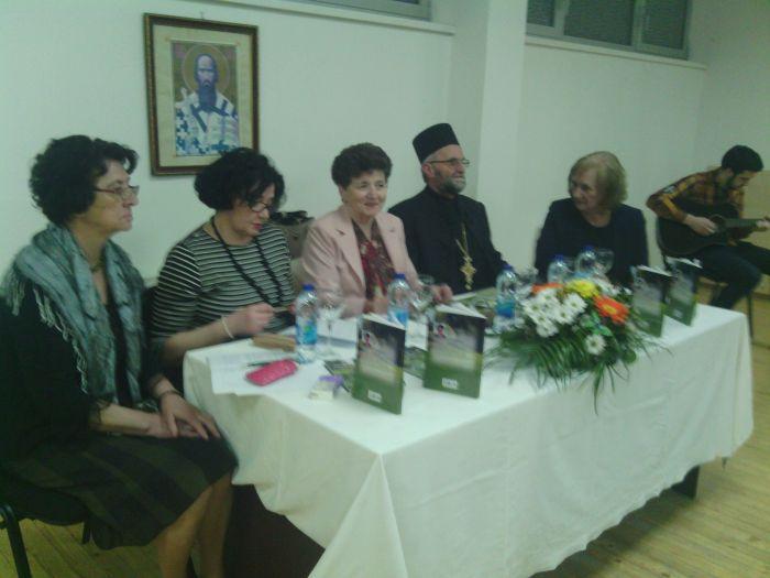 "Photo of U Brčkom promovisana knjiga ""Mojom životnom stazom"" Anđelke Mitrović"