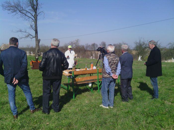 """Photo of """"Neolit"""" organizovao radionicu kalemljenja voća u Sandićima"""
