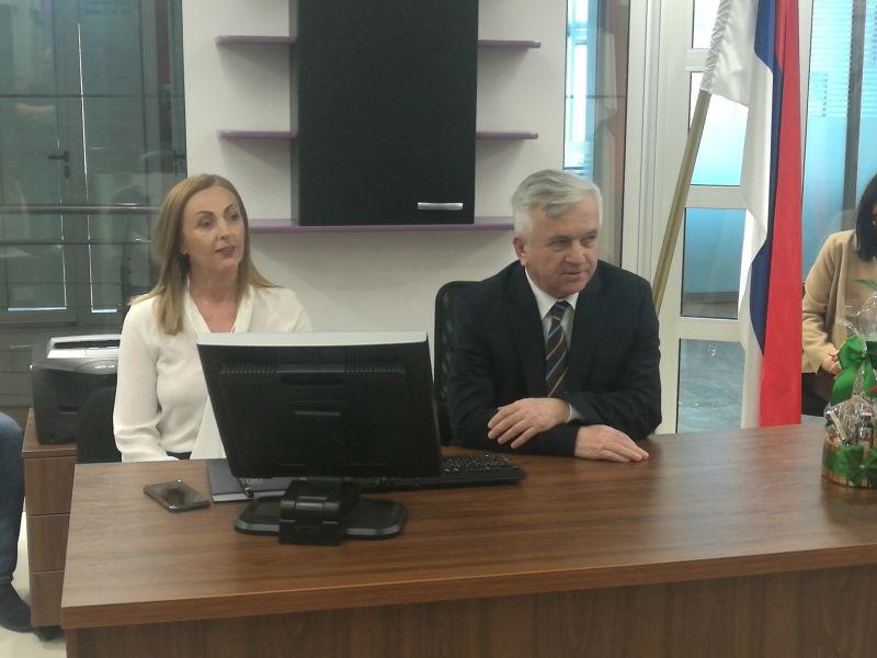 """Photo of Отворене просторије """"Демоса"""", нове политичке партије у Брчком"""