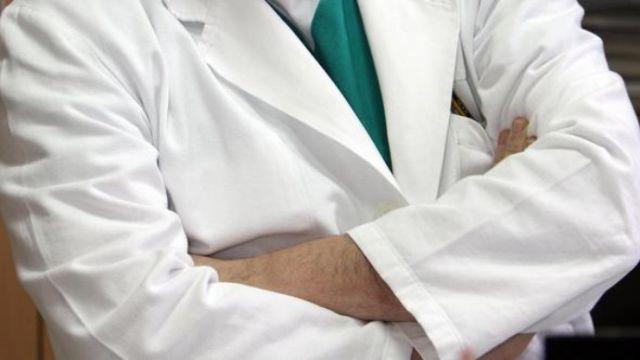 Photo of Slovenski liječnik, koji je dirao maloljetnicu, osuđen na uvjetnu kaznu