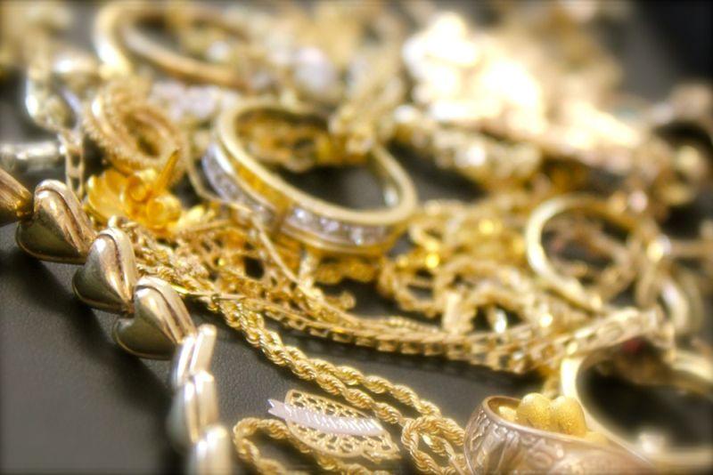 Photo of Cijene zlata dosegnule novu najvišu razinu u šest godina
