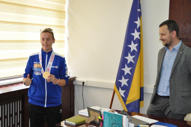 Photo of Glavni koordinator Vlade upriličio prijem za zlatnu olimpijku Esmeraldu Mujkić