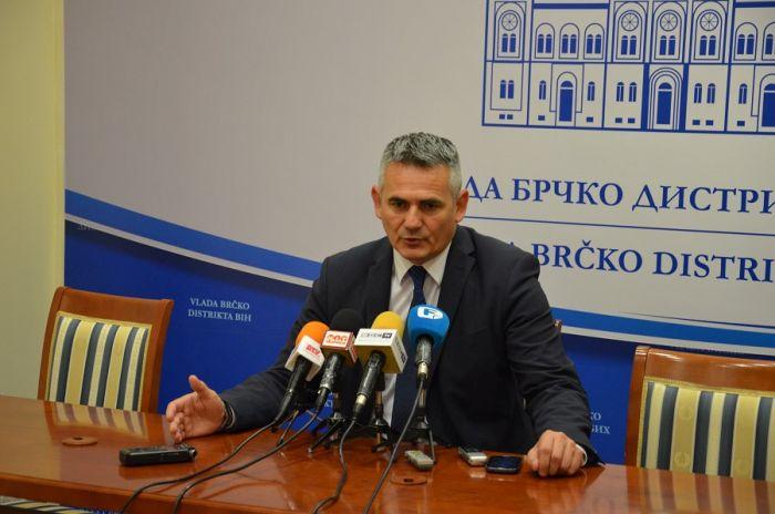 Photo of Gradonačelnik Milić: Za procese u Distriktu odgovornost snosi i međunarodna zajednica