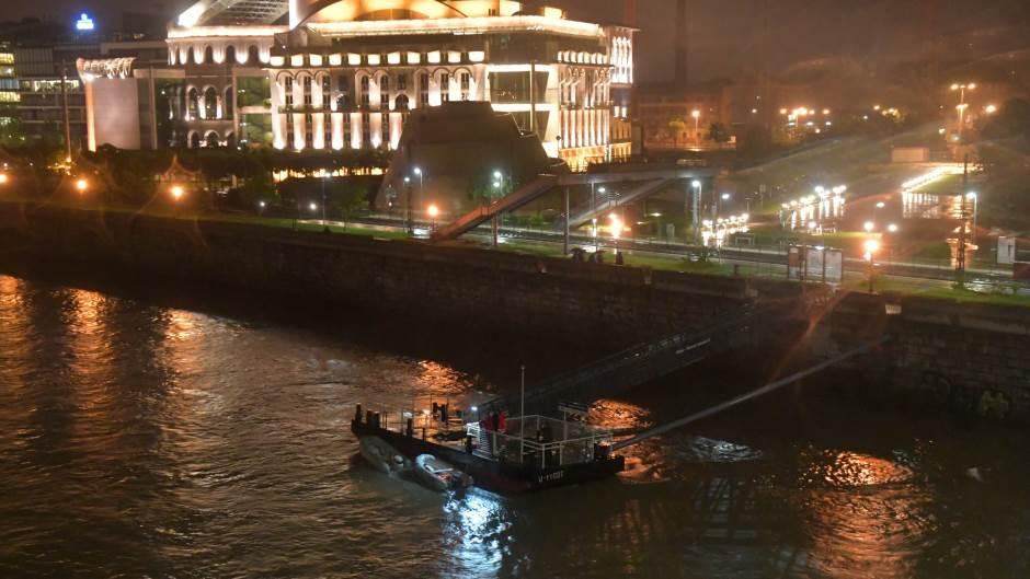 Photo of Potonuo turistički brod u Budimpešti, sedam mrtvih i više nestalih osoba