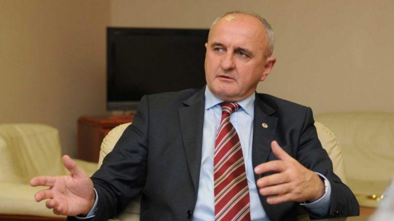 Photo of Poslanici Socijalističke partije traže smjenu ministra Petra Đokića