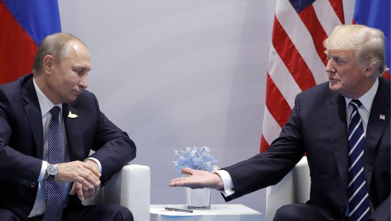 """Photo of Trump se našalio s Putinom: """"Ne miješaj se u izbore"""""""