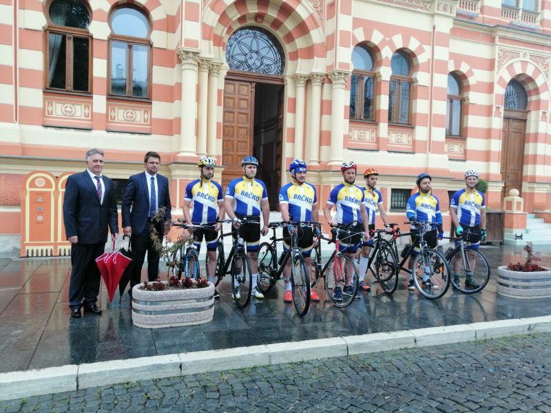 Photo of Biciklisti iz Brčkog krenuli jutros za Potočare