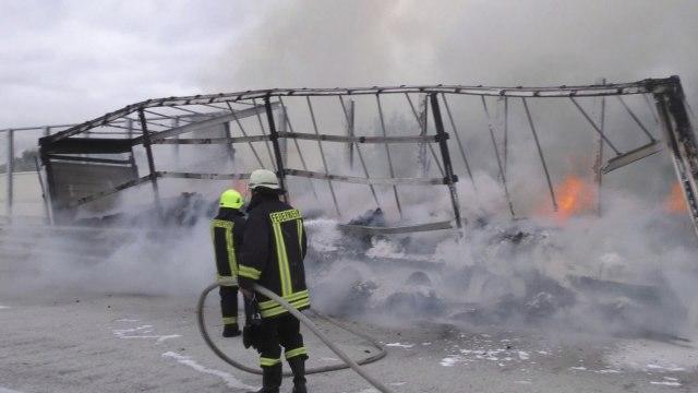 Photo of Njemačka: Na autoputu izgorelo 17 tona kakaoa