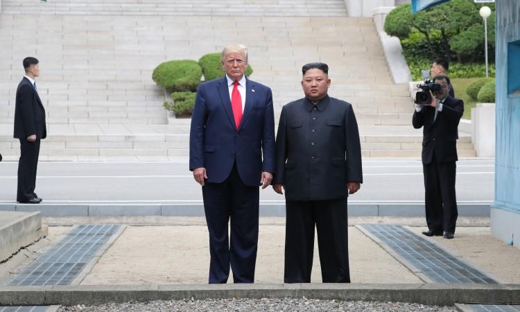 Photo of Trump: Sjajan sastanak s Kimom, raduje me ponovni susret