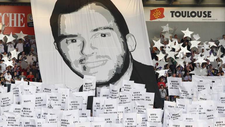 Photo of Beograd: Za ubistvo francuskog navijača Dejanu Puzigaći 12 godina zatvora