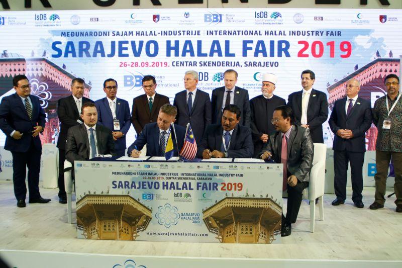 Photo of SHF 2019: Bh. i malezijske kompanije potpisale memorandume o razumijevanju vrijedne oko 50 miliona KM