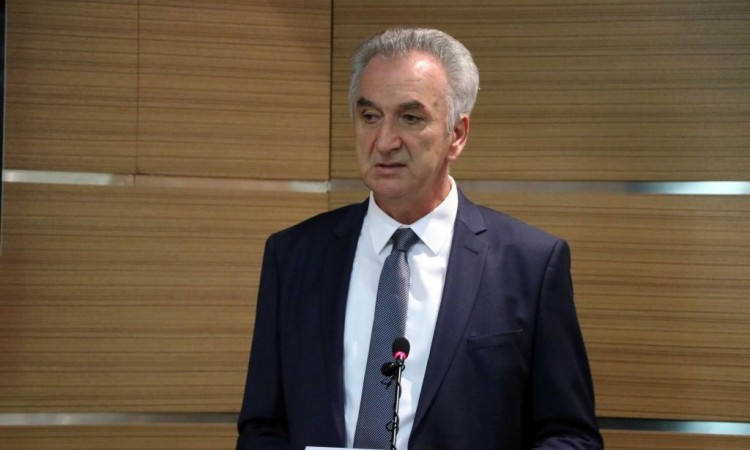 Photo of Šarović: Omogućiti povoljnije i konkurentnije poslovanje privrednih subjekata