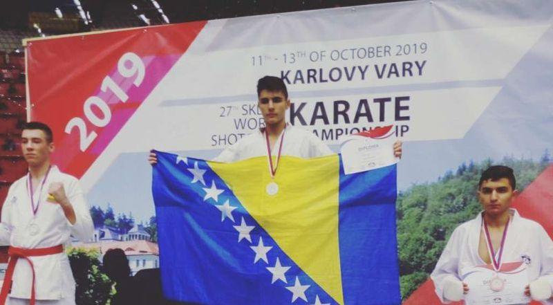 Photo of Redžep Brkić svjetski prvak u karateu