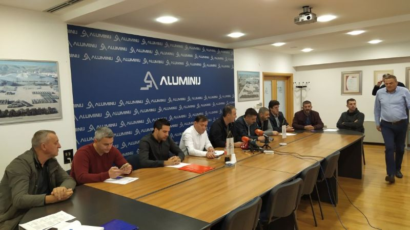 "Photo of Sindikat: ""Aluminij"" spreman za novog investitora"