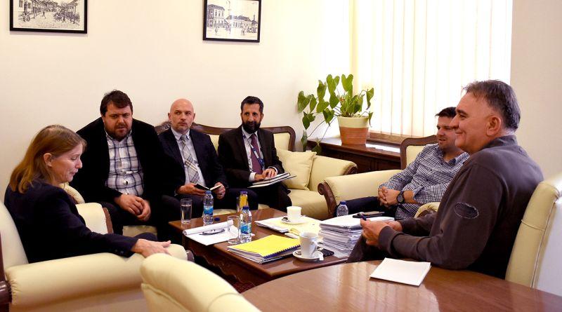 Photo of Predsjednik i dopredsjednik Skupštine razgovarali s voditeljicom Misije OESS-a u BiH
