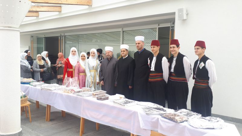 "Photo of Brčko: Počelo obilježavanje tradicionalne manifestacije ""Ti si ruža džennetska"""