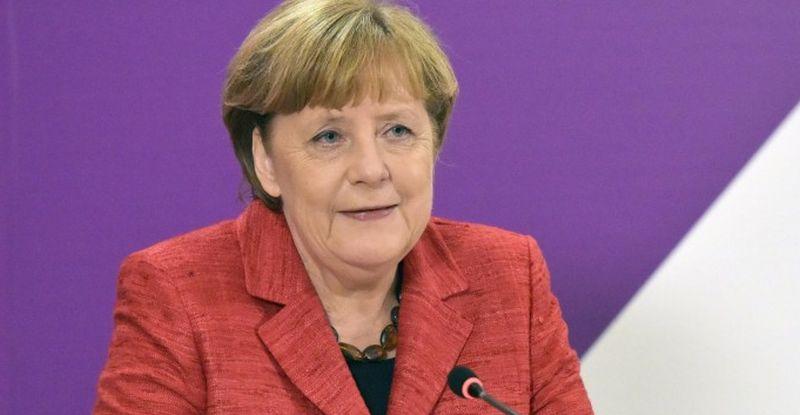 Photo of Merkel odbacila izjave Macrona da je NATO 'klinički mrtav'