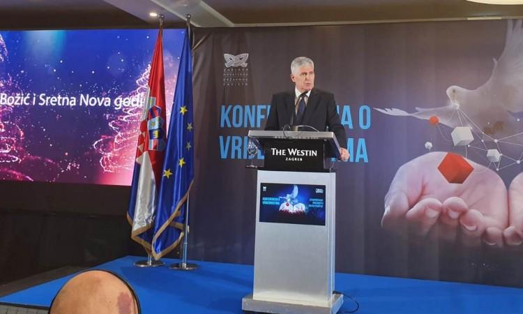 Photo of Čović u Zagrebu govorio o demokršćanskim vrijednostima u bh. politici