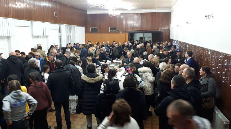 Photo of Brčko: HDZ organizirao Božićni domjenak