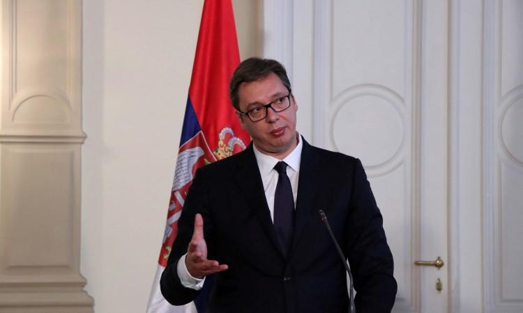 """Photo of Vučić: Tražili smo da """"Er Srbija"""" ne leti za Prištinu"""