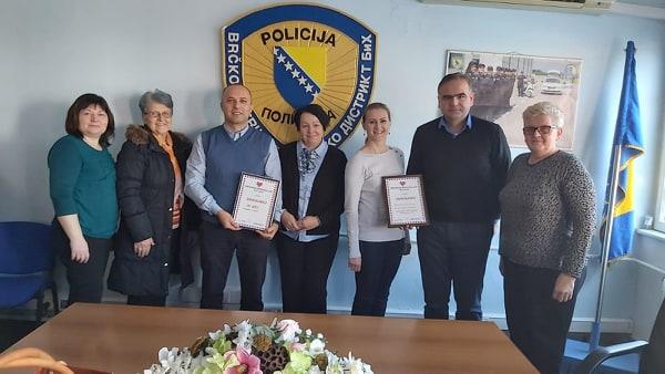 """Photo of """"Brčansko srce"""" uručilo zahvalnice Policiji i IPA klubu"""