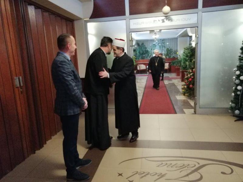 Photo of Brčko: Uz trpezu ljubavi obilježen pravoslavni Božić