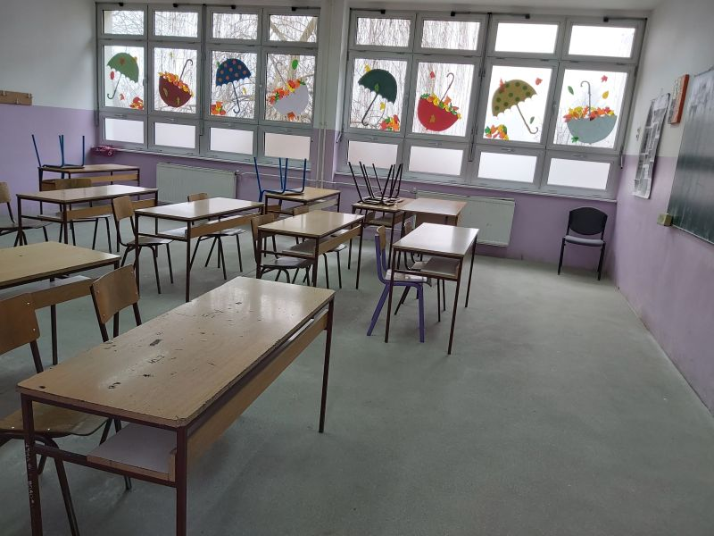 Photo of Brčko: U tijeku sanacija podnih površina u učionicama osnovnih škola