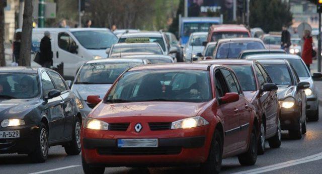 Photo of BiH: Vozačima bi mogla biti produžena registracija ako im je istekla sredinom marta