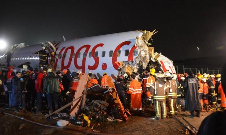 Photo of Troje mrtvih, 180 povrijeđenih u avionskoj nesreći u Istanbulu